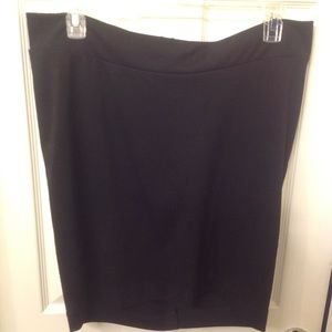 Liz Lange black pencil skirt Maternity Med EUC👶🏻